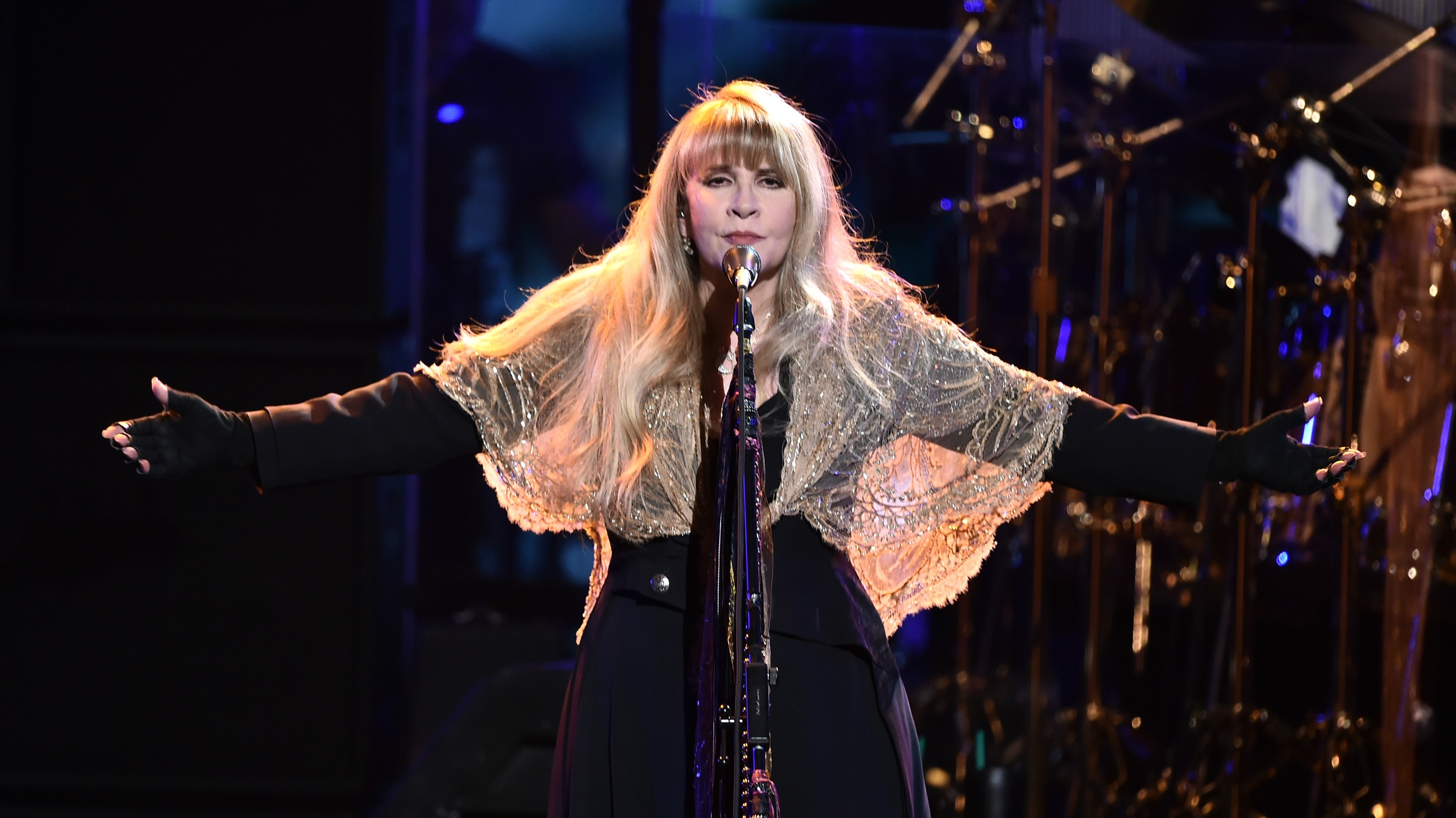"Stevie Nicks Says She Has a ""Shawl Vault"" in Amazing New"