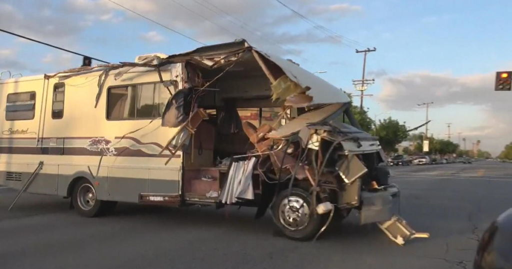 RV chase in Los Angeles comes to violent end as woman taken