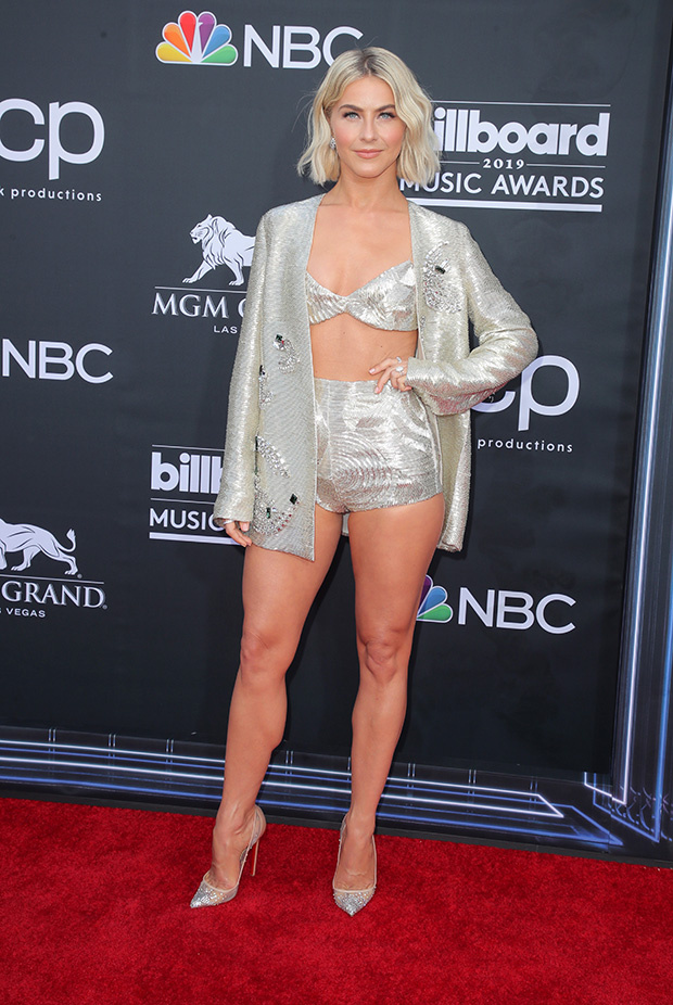 Julianne Hough S Sexiest Outfits Of All Time A Look Back At
