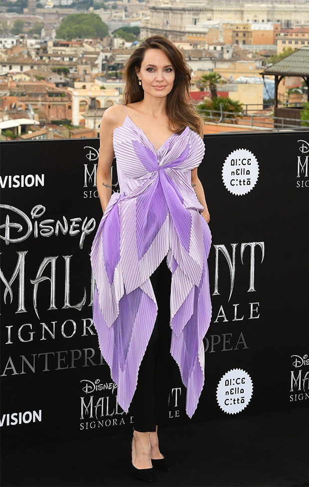 Angelina Jolie S Lilac Blouse Black Sequin Gown More