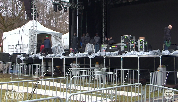 Preparations Are Underway For New Years Eve In Niagara Falls